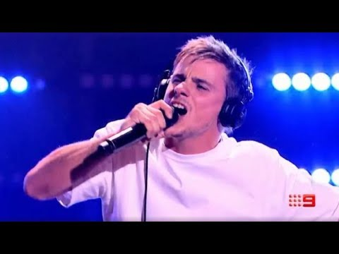 "Sam Perry performs "" When Doves Cry"" and SHOCKS the judges - The Voice Australia 2018 13"
