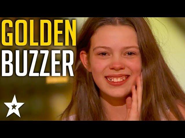 Singer 13 years old gets Howie's GOLDEN BUZZER 4