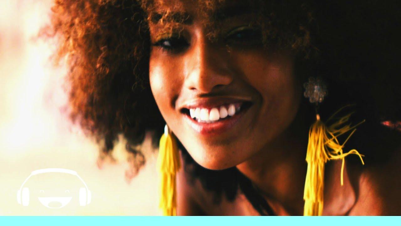 """Smiley a lansat o nouă piesă """"My Love"""". Videoclipul a fost filmat în SUA 16"""